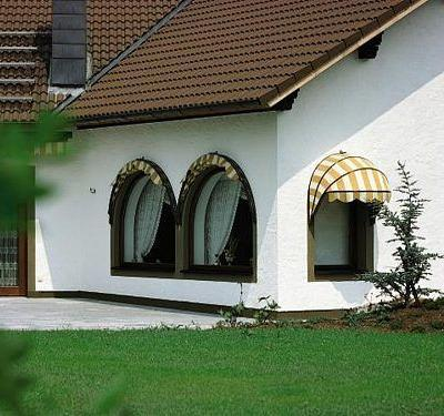DIWAL Rolladenbau GmbH - Korbmarkisen